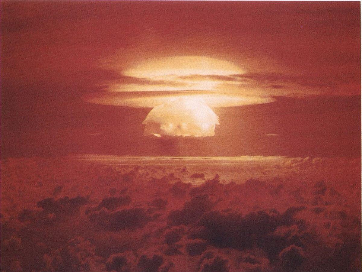 """Il fungo atomico provocato dal test """"Castle Bravo"""", nell'atollo di Bikini."""
