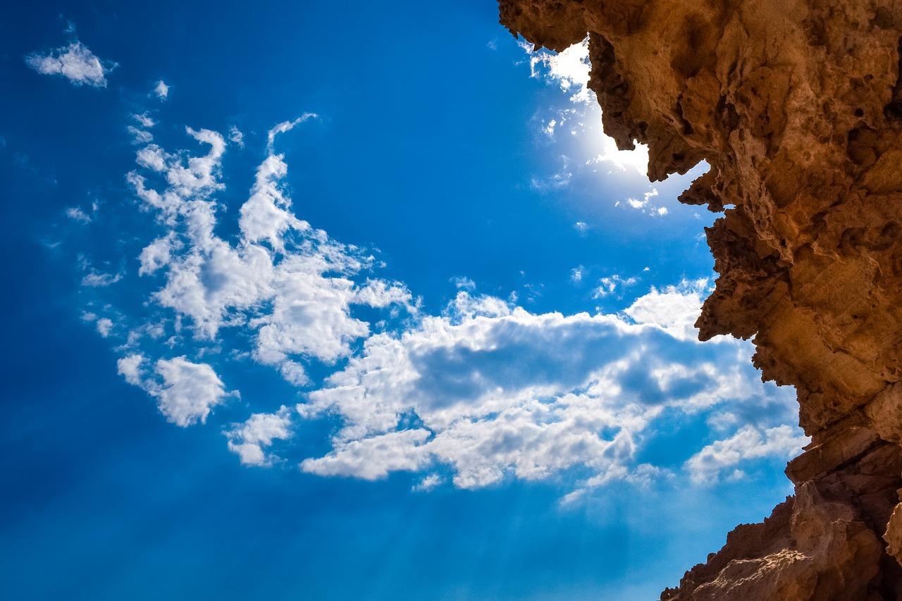 Sunlight-Clouds-Sky-Cliff-Rock-Sunbeam-Light-2820512.jpg