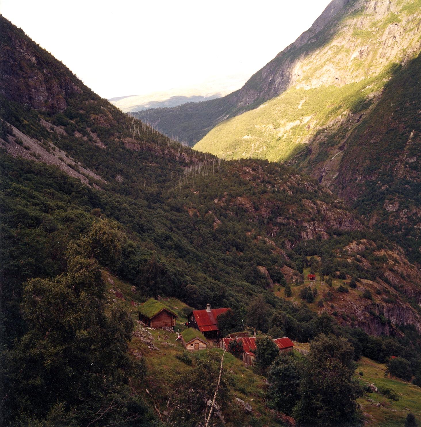 Avdalen Gard-9.jpg