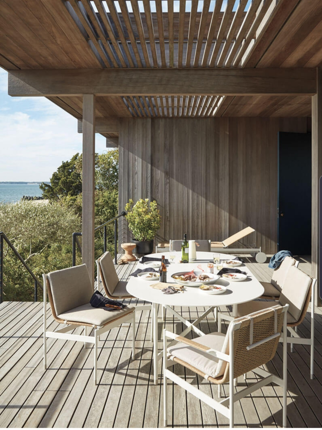 / 2019 - March /  SOMMER outdoor collection for  Design Within Reach   Photo: Mark Seelen