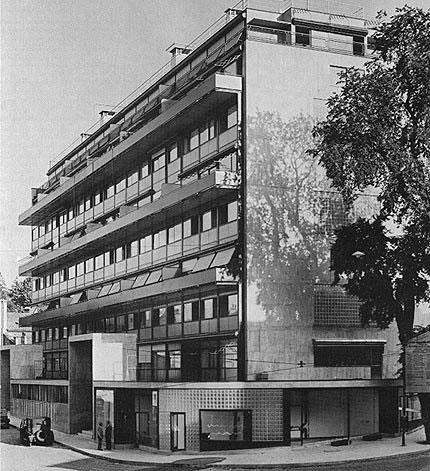 La clarté en 1932… Moderne, vous avez dit moderne ?