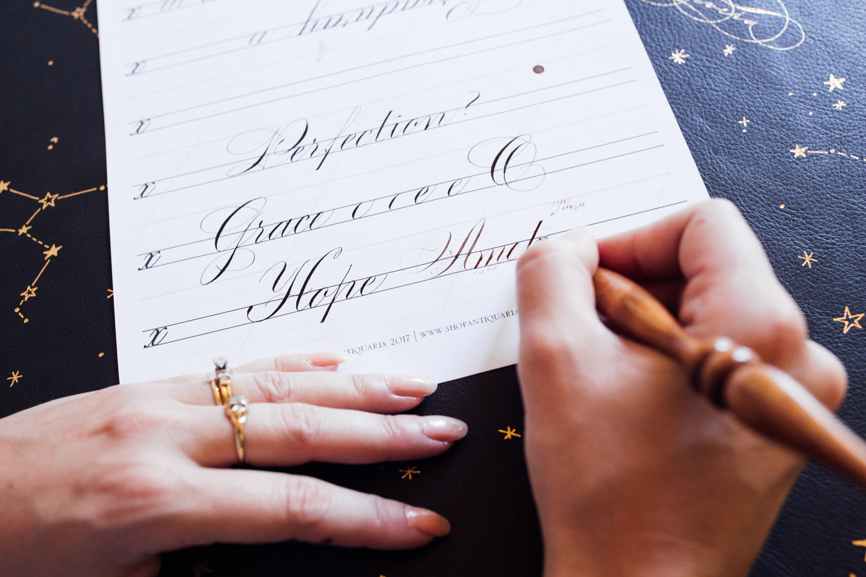 Antiquaria-Calligrafile-©Chelsea-Francis-02.jpg