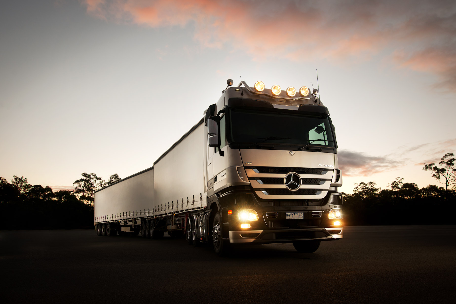 Client: Mercedes-Benz Trucks