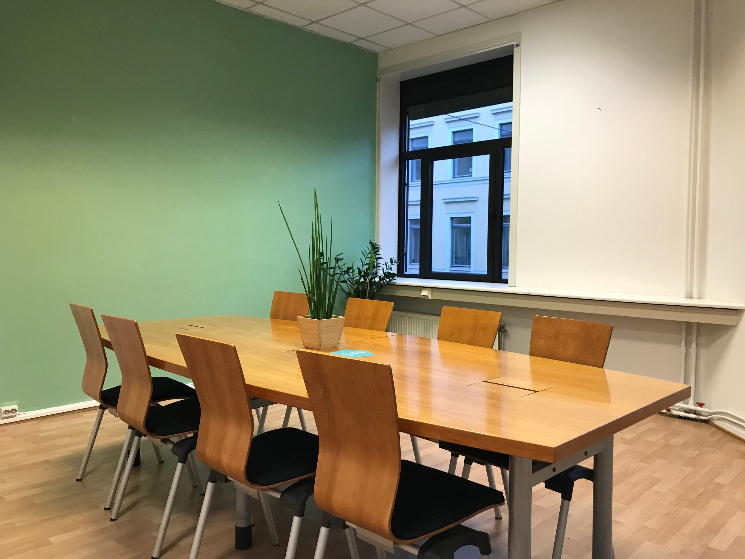 Meeting room 8-19pax.JPG