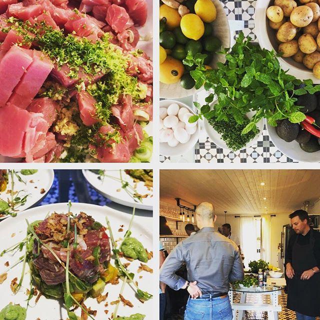 Det är inte varje dag köket är fullt med bara män och en kock/projektledare som lagar 3-rättersmiddag. Teambuilding efter en halvdag konferens. Hållbart & Ekologiskt, såklart 👍 #studiosjövillan