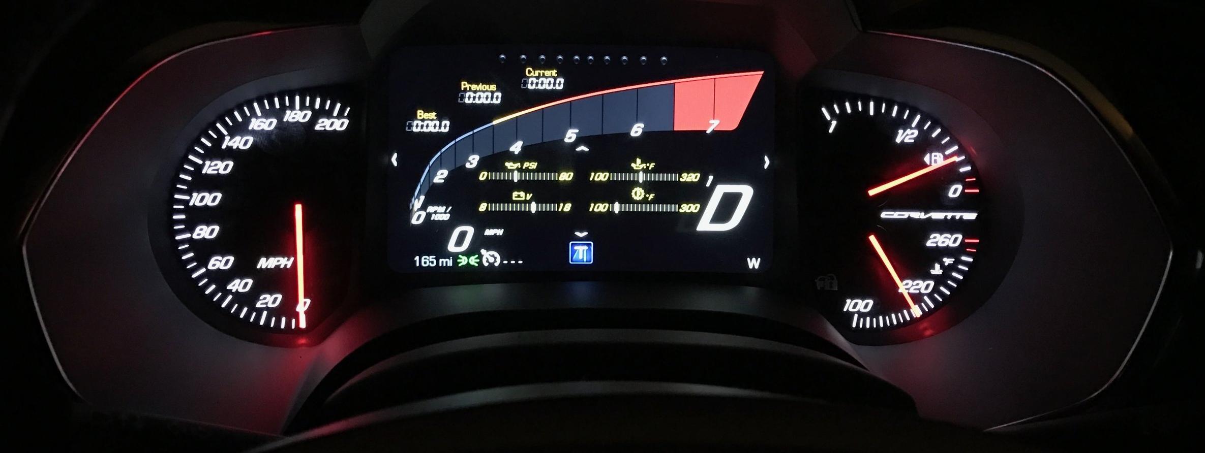 The configurable digital dash is bright, flexible, and responsive; an excellent design.  (Image:  KanonOnCars.com)