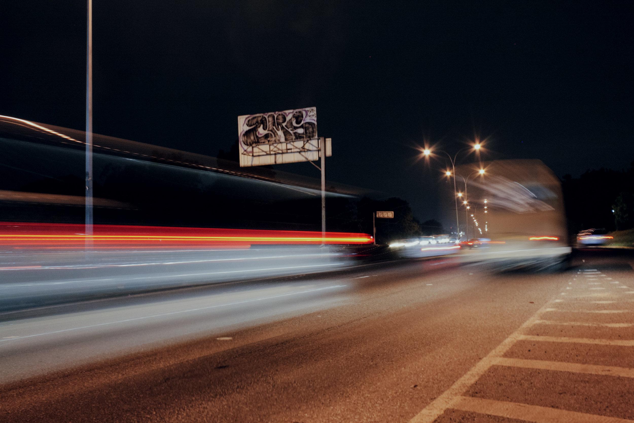 Loureiro_Caracas by Night_14.jpg