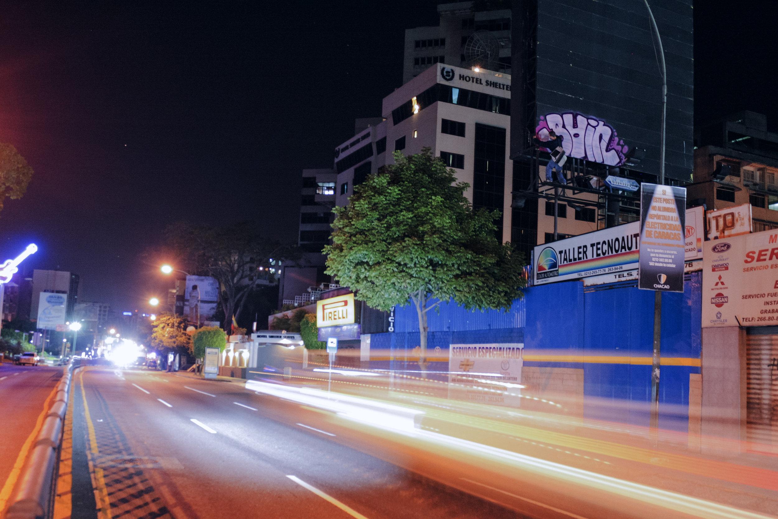 Loureiro_Caracas by Night_20.jpg