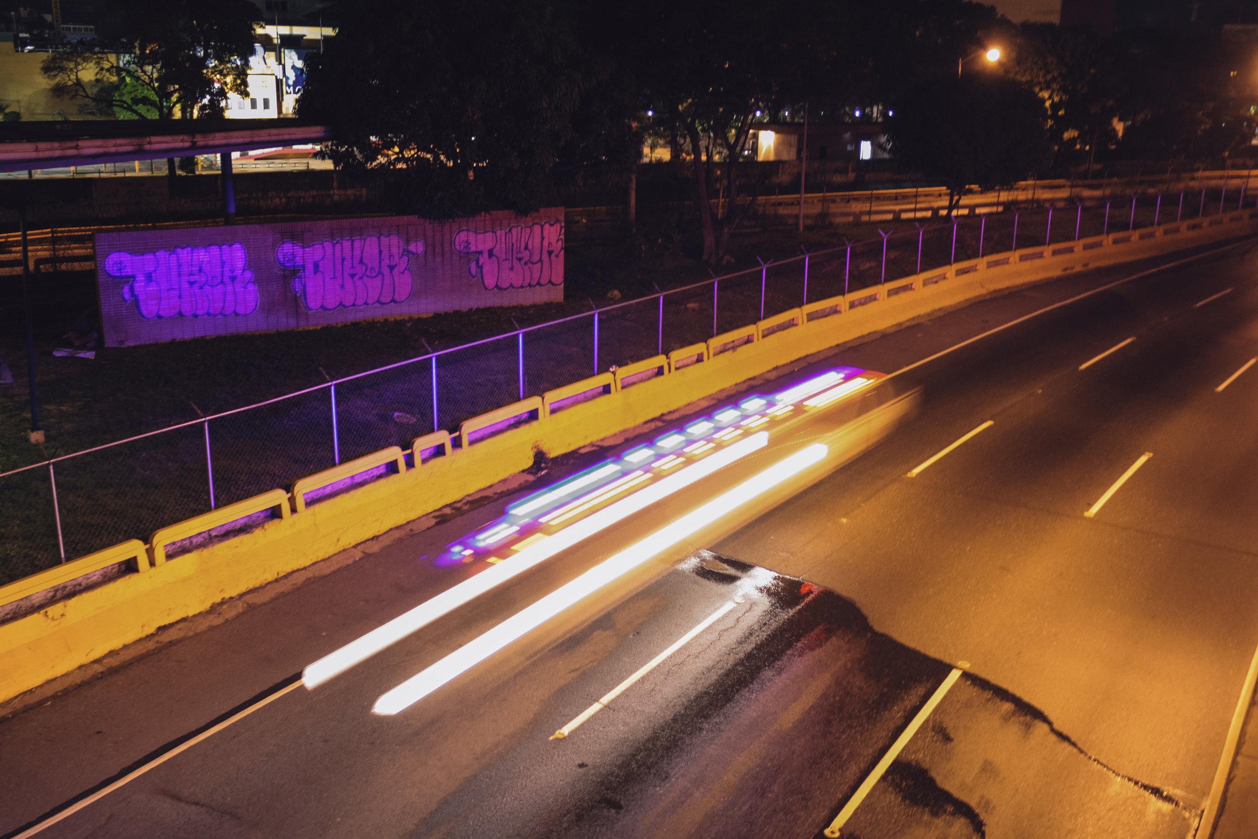 Loureiro_Caracas by Night_41.jpg