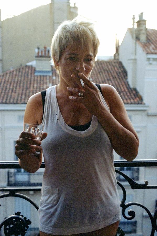 LORNA SMOKING - TOULON