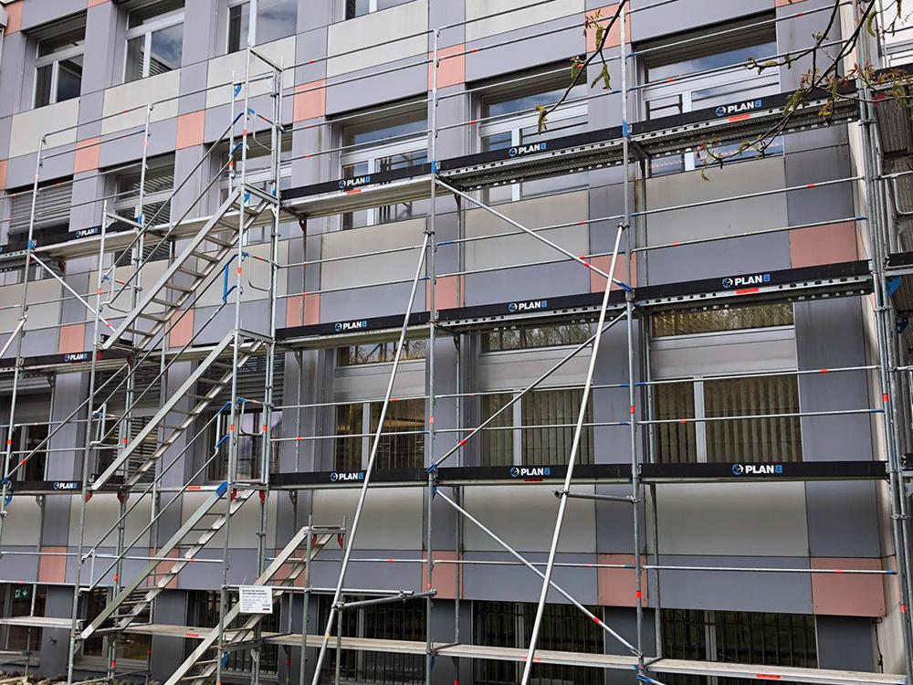 Fensterersatz-Gerüstarbeiten-02.jpg