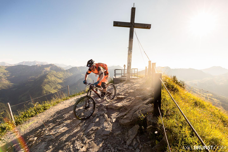 mountain-biking-walmendingerhorn-kleinwalsertal-7.jpg