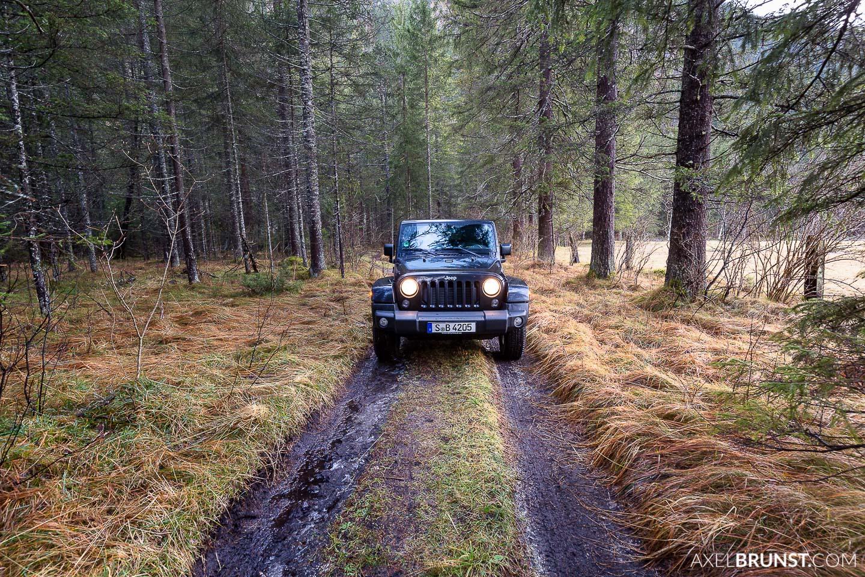 jeep-wrangler-roadtrip-alps-3.jpg