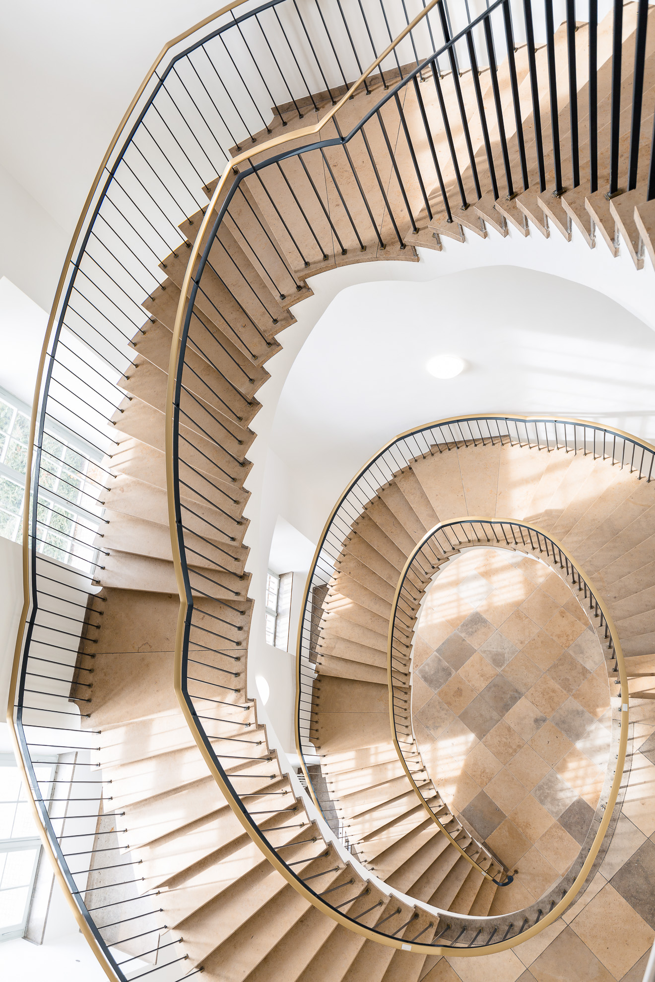 stairs-mannheim-university-2.jpg