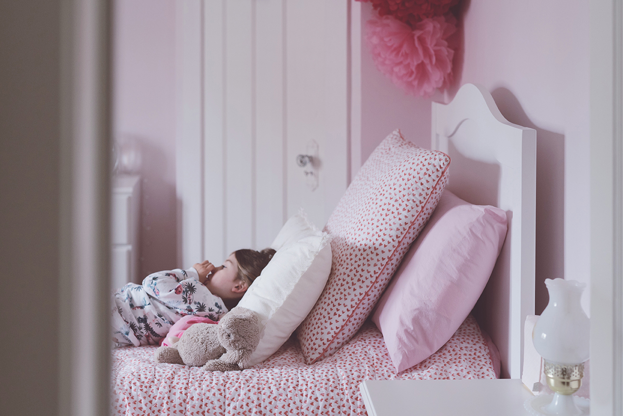 Péa les maisons. Pink room for toddler girl