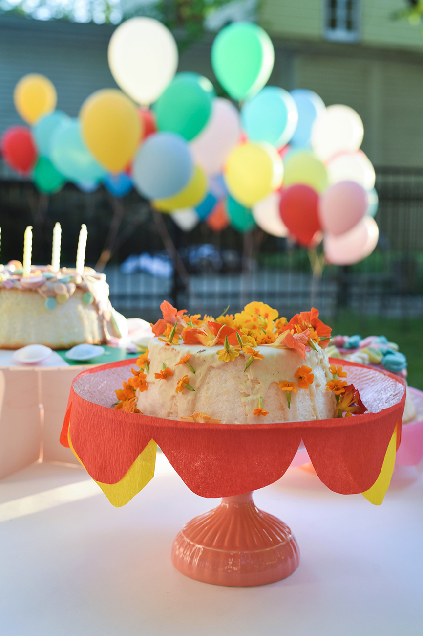 Péa les maisons. Inspiration for stunning and delicious birthday cakes for a colorful kids party
