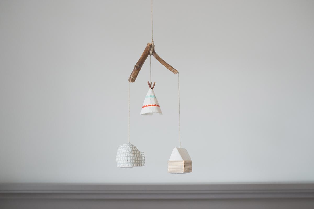 Péa les maisons. Mobile for nursery room