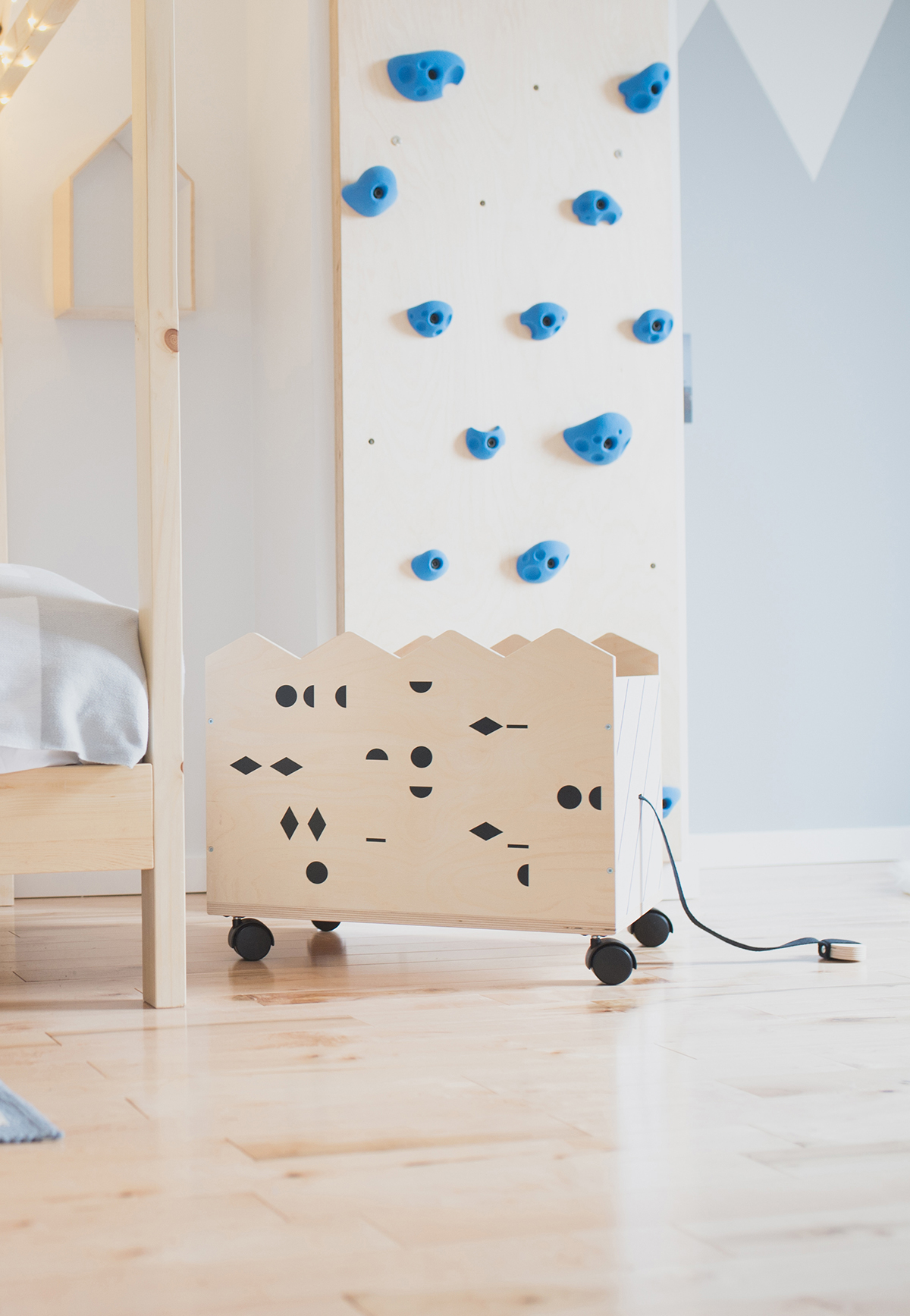 Péa les maisons. Beautiful and practical storage solutions for kids rooms