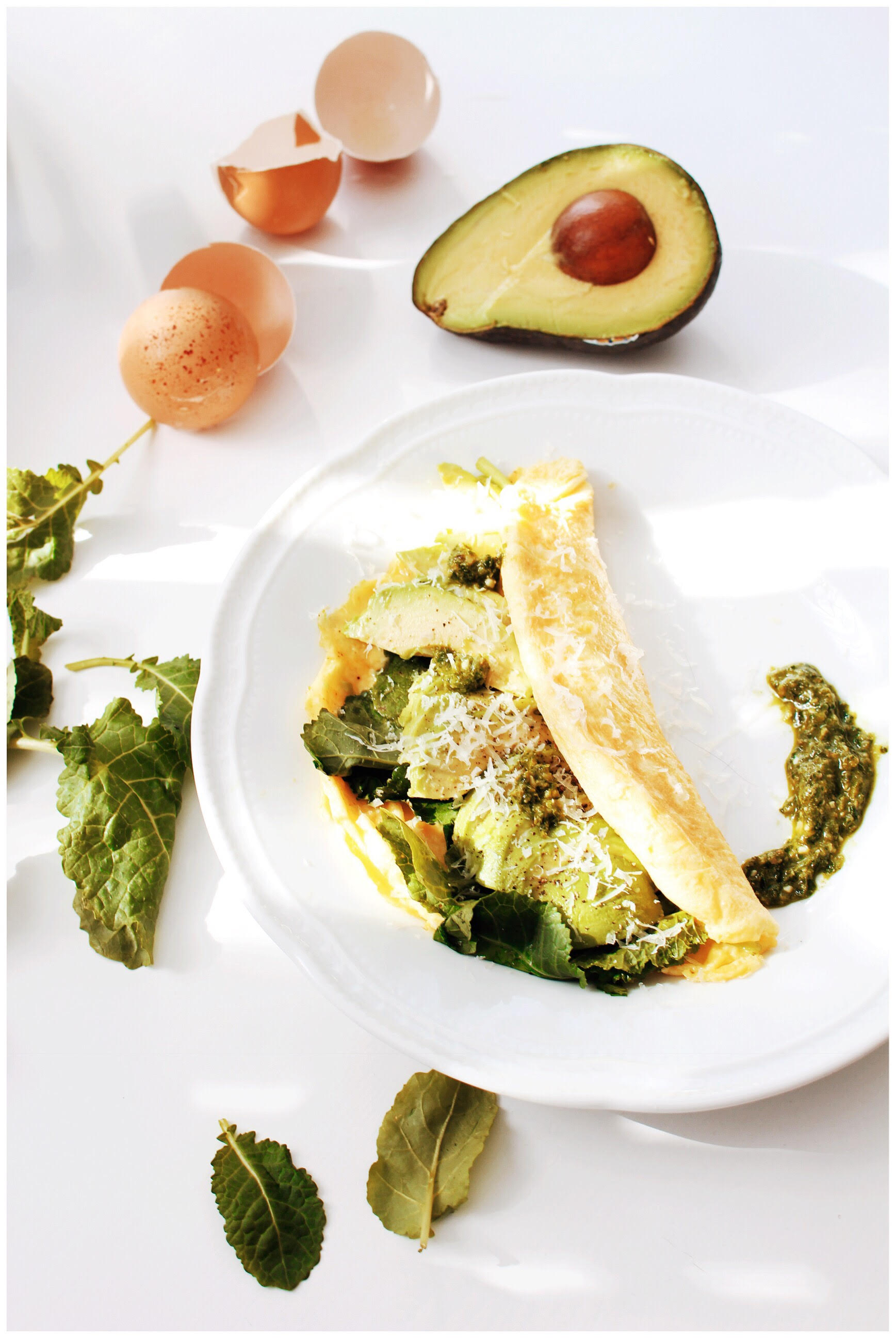 Recipe Idea - French Omelette with Kale, Avocado and Pesto