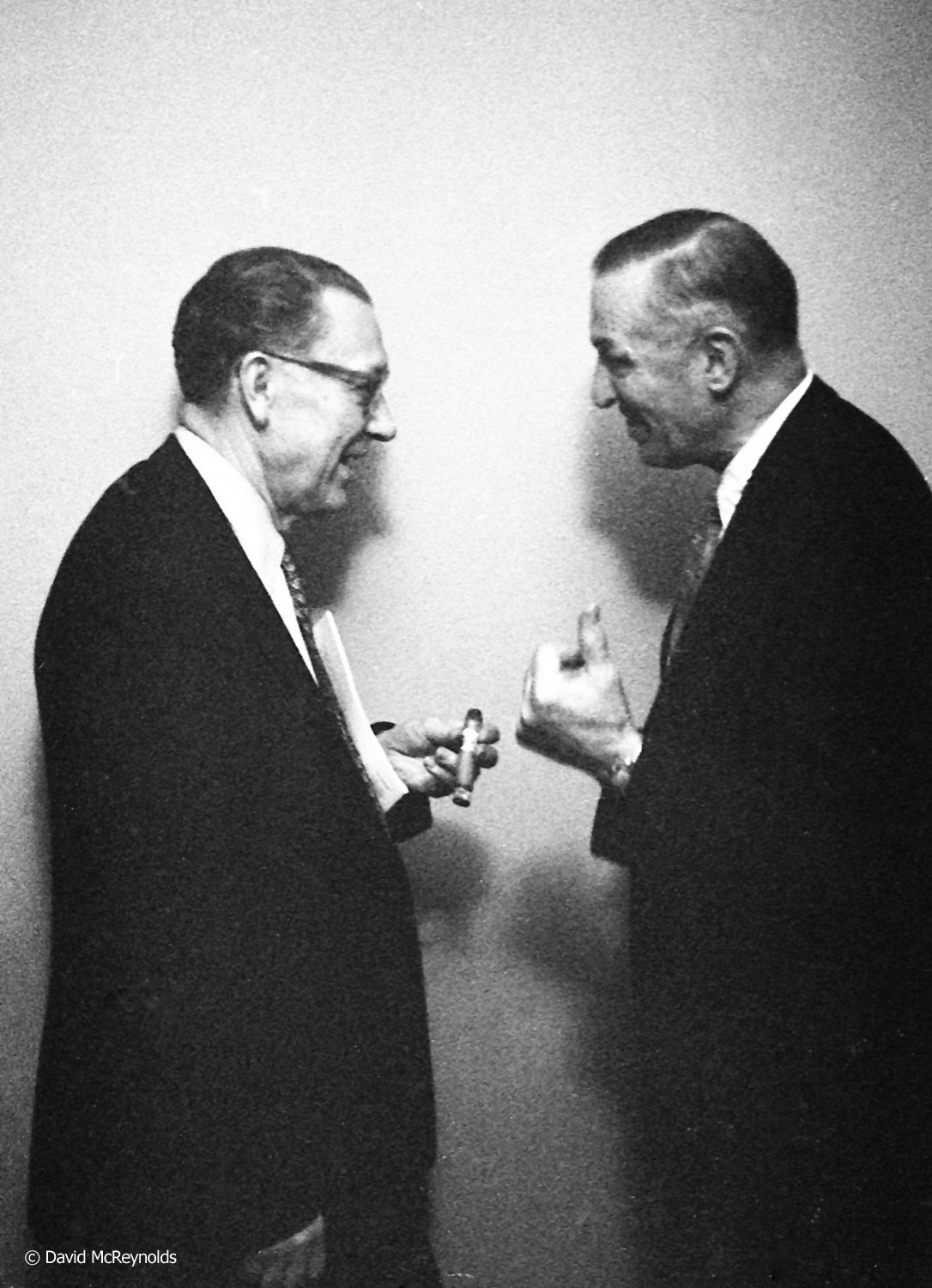 Gus Gerber (left) and Louis Waldman of the SDF between sessions. 1957. (57-3)