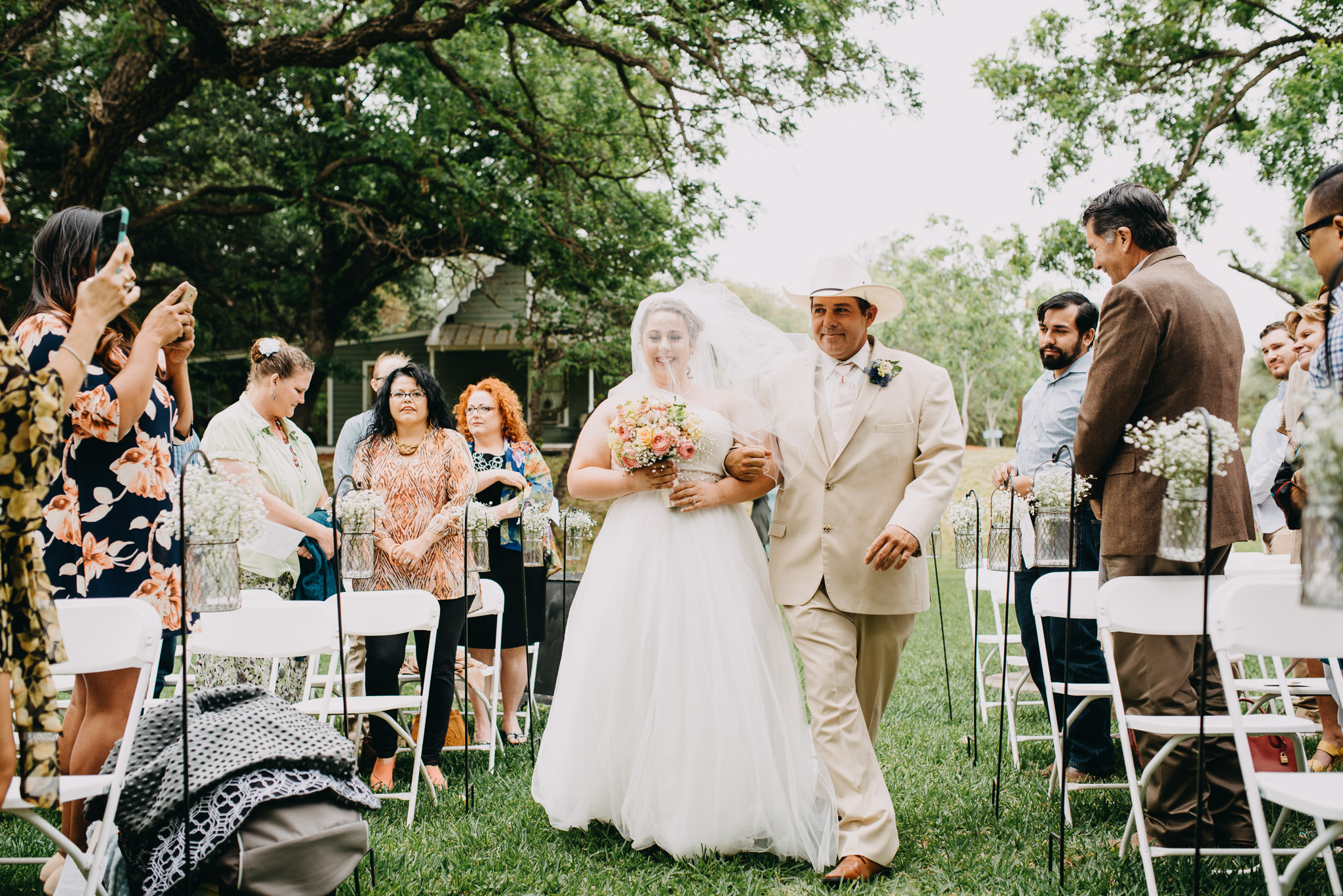 Christoval-Texas-Wedding_Photographer-Meghan&Tony-0011.jpg