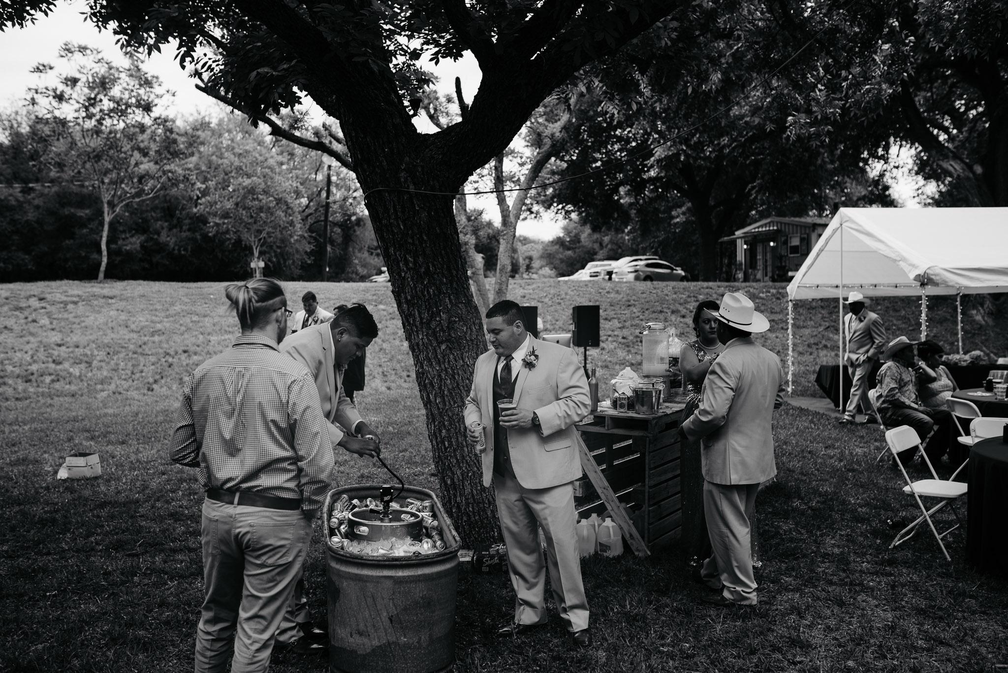 Christoval-Texas-Wedding_Photographer-Meghan&Tony-0019.jpg