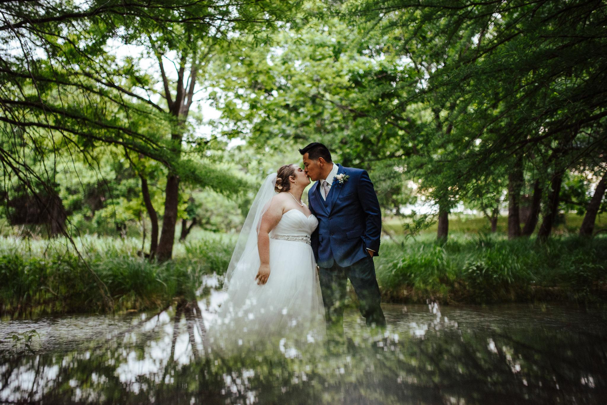 Christoval-Texas-Wedding_Photographer-Meghan&Tony-0026.jpg