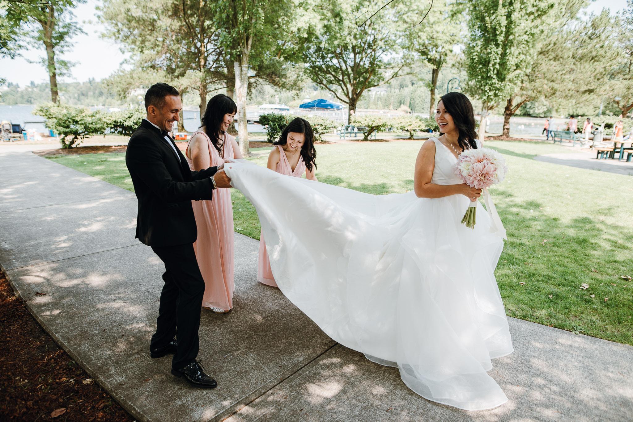 Hyatt-Regency-Lake-Washington-Wedding-Renton-Washington-0007.jpg