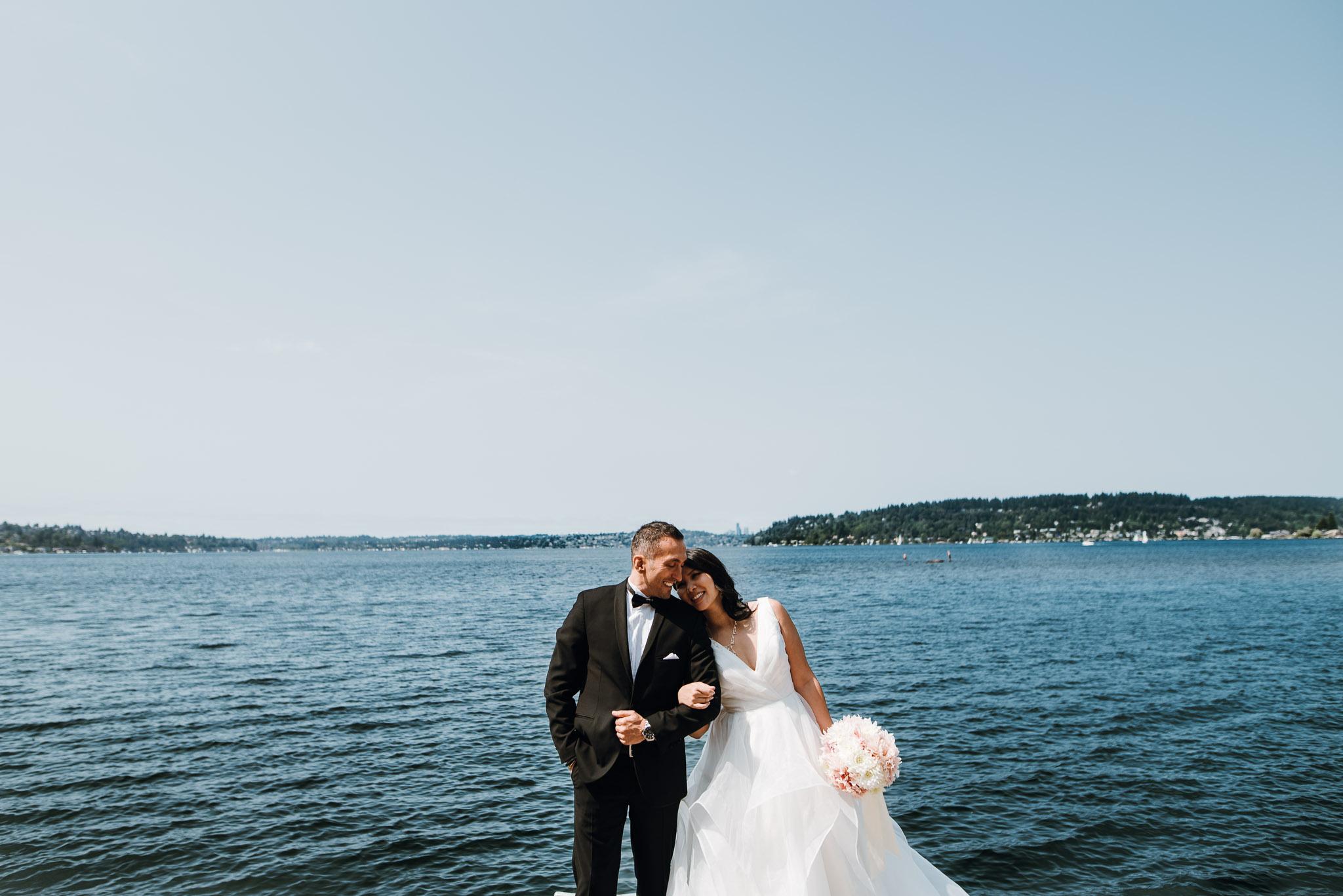Hyatt-Regency-Lake-Washington-Wedding-Renton-Washington-0009.jpg