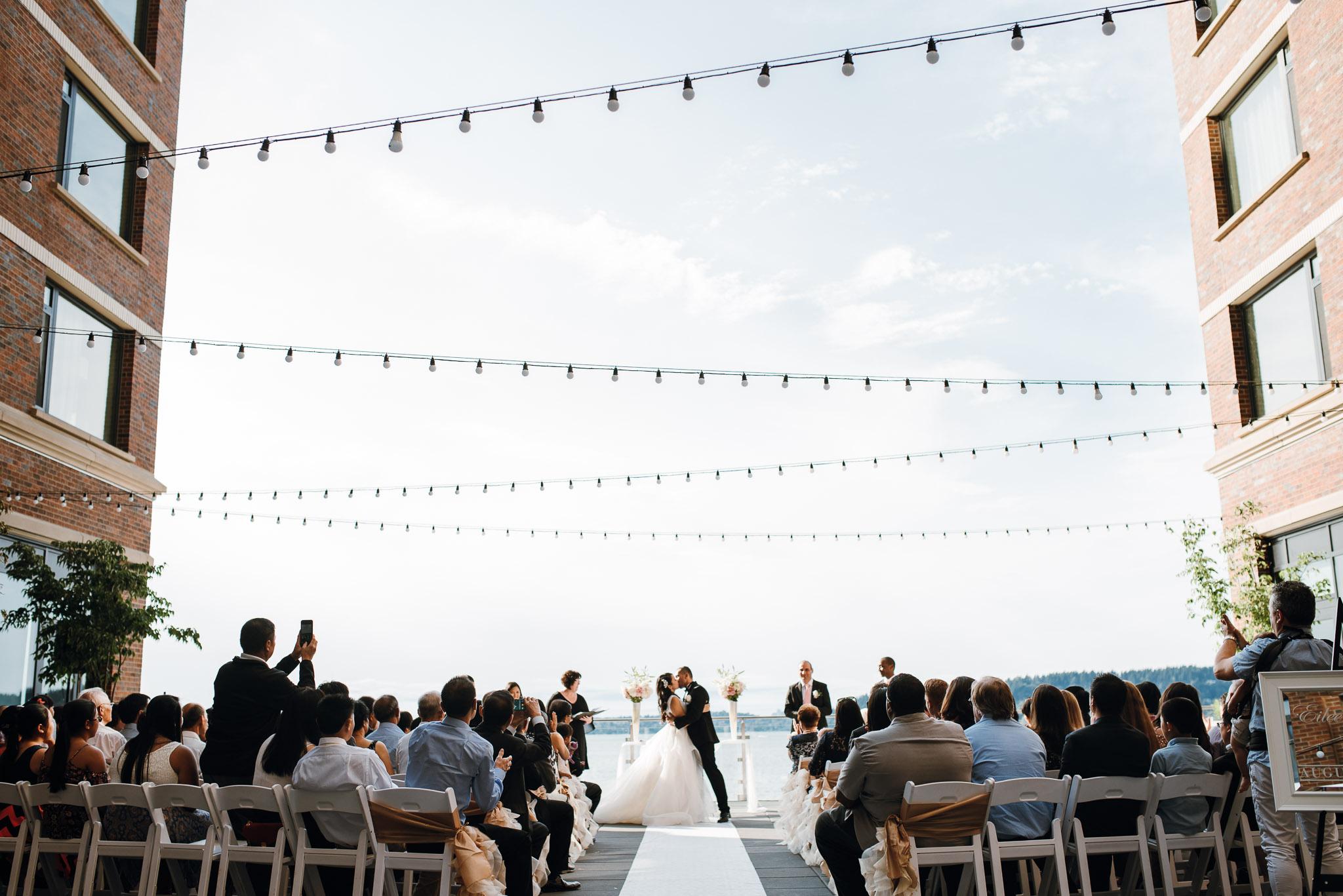 Hyatt-Regency-Lake-Washington-Wedding-Renton-Washington-0024.jpg