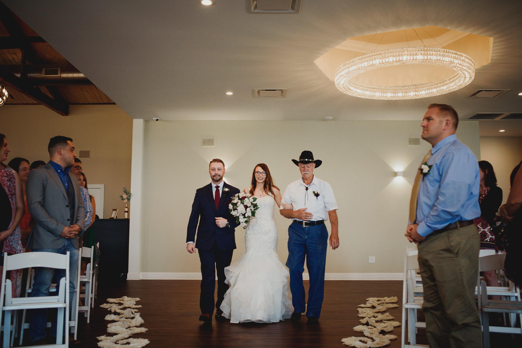 Austin-Texas-Wedding-Vintage-Villas-0023.jpg