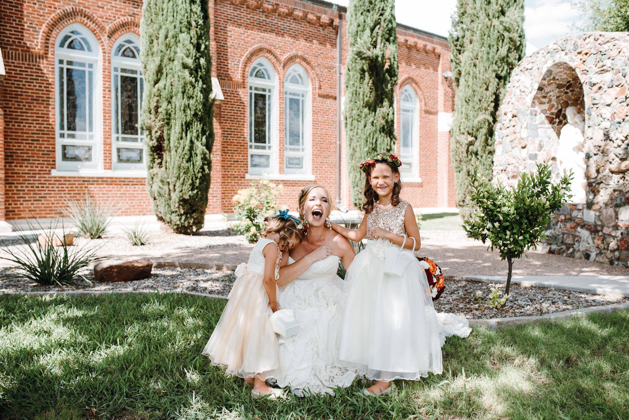 Rowena-West-Texas-Wedding-Photographer-Gillian&Ryan-0017.jpg