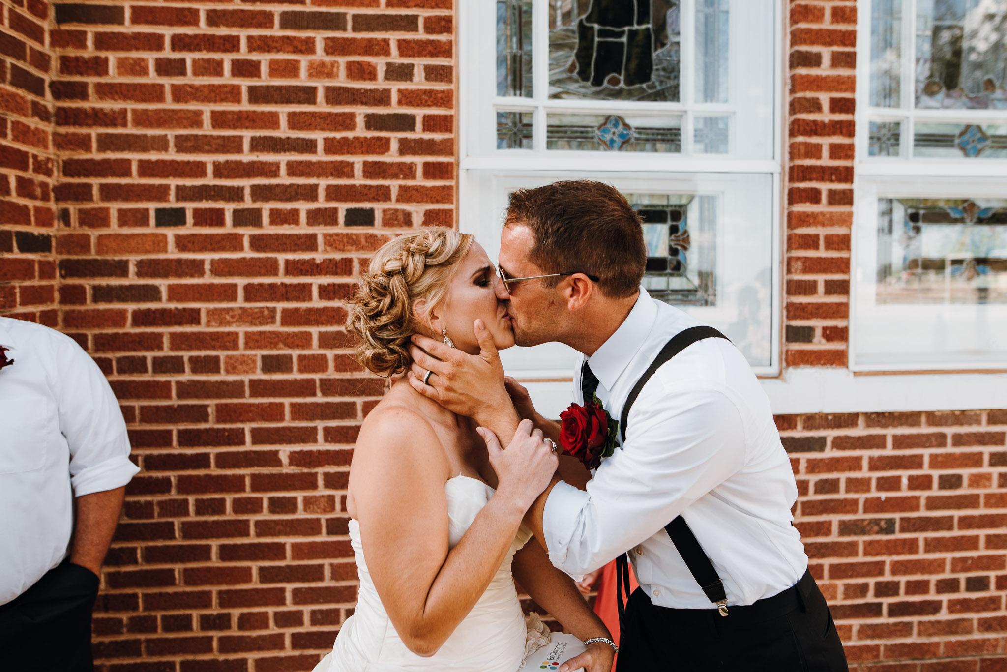 Rowena-West-Texas-Wedding-Photographer-Gillian&Ryan-0029.jpg