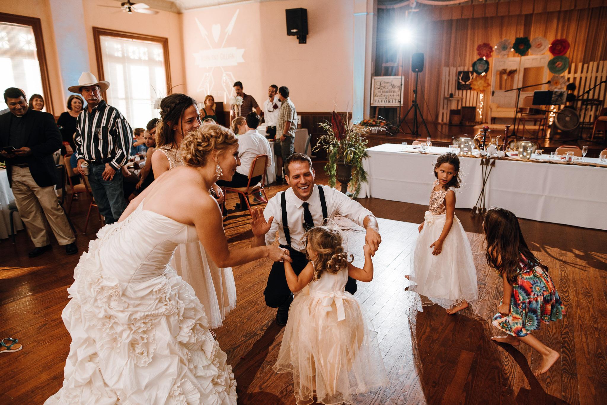 Rowena-West-Texas-Wedding-Photographer-Gillian&Ryan-0038.jpg