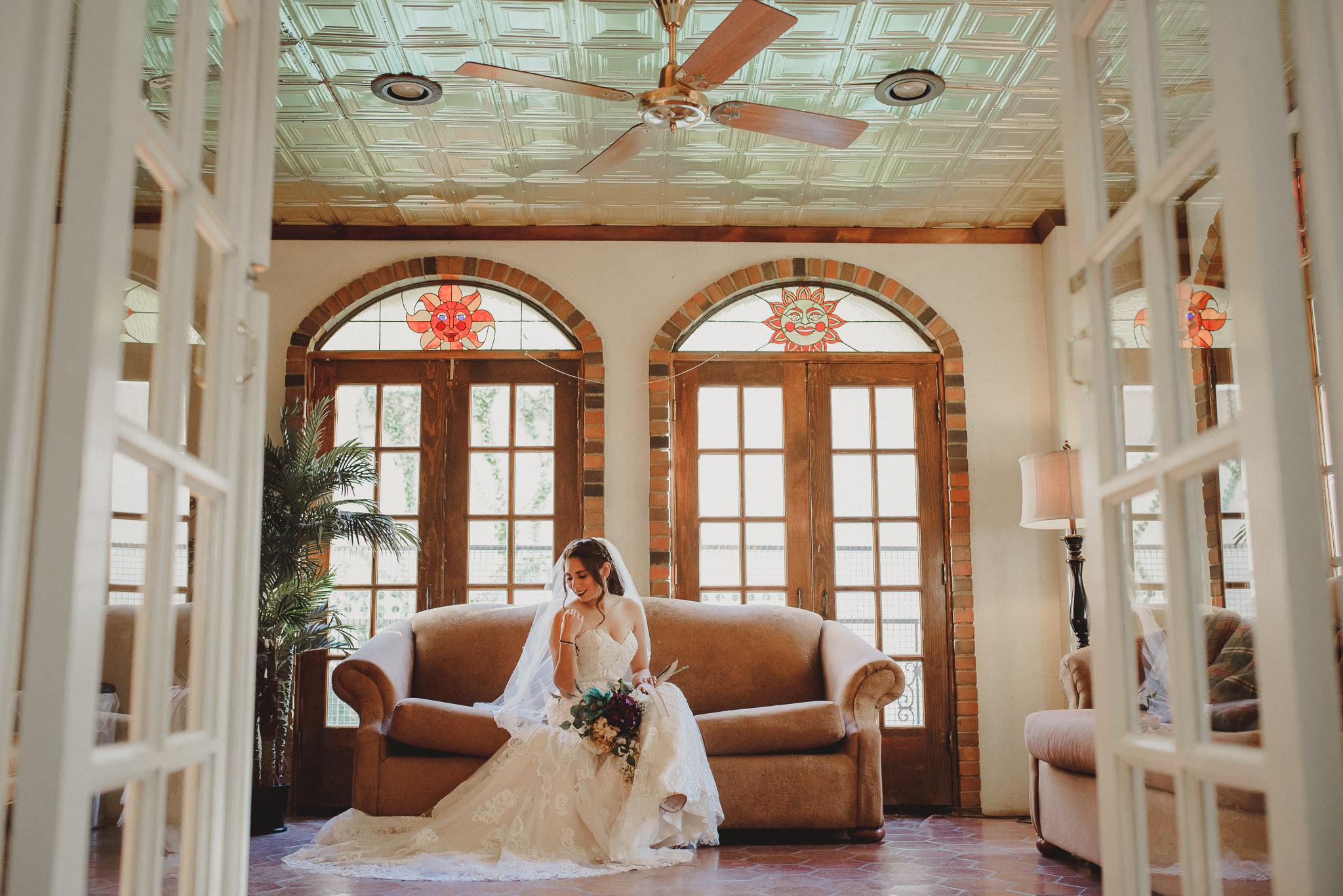Marfa_Texas_Wedding_Photographer-0012.jpg