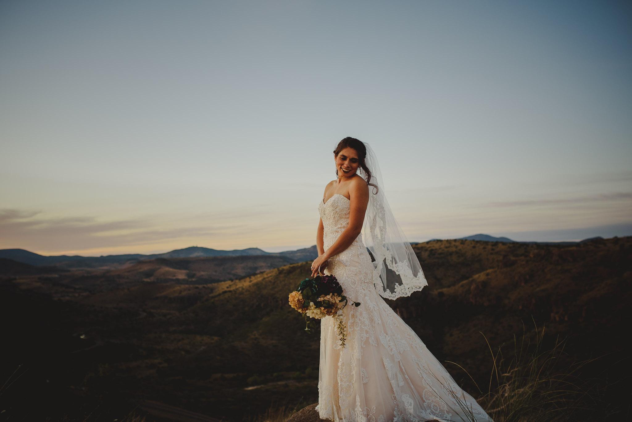 Marfa_Texas_Wedding_Photographer-0034.jpg