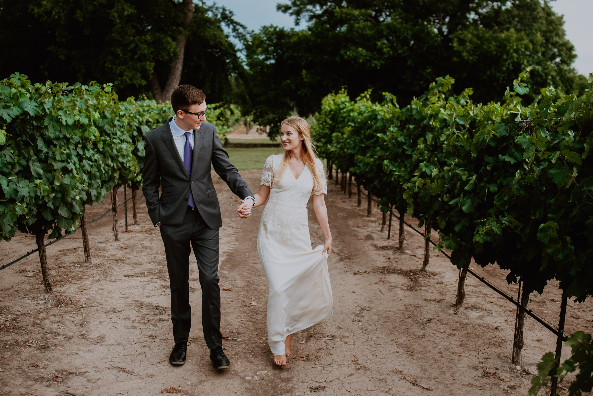 Christoval-vineyard-wedding-heather-justin-0028.jpg