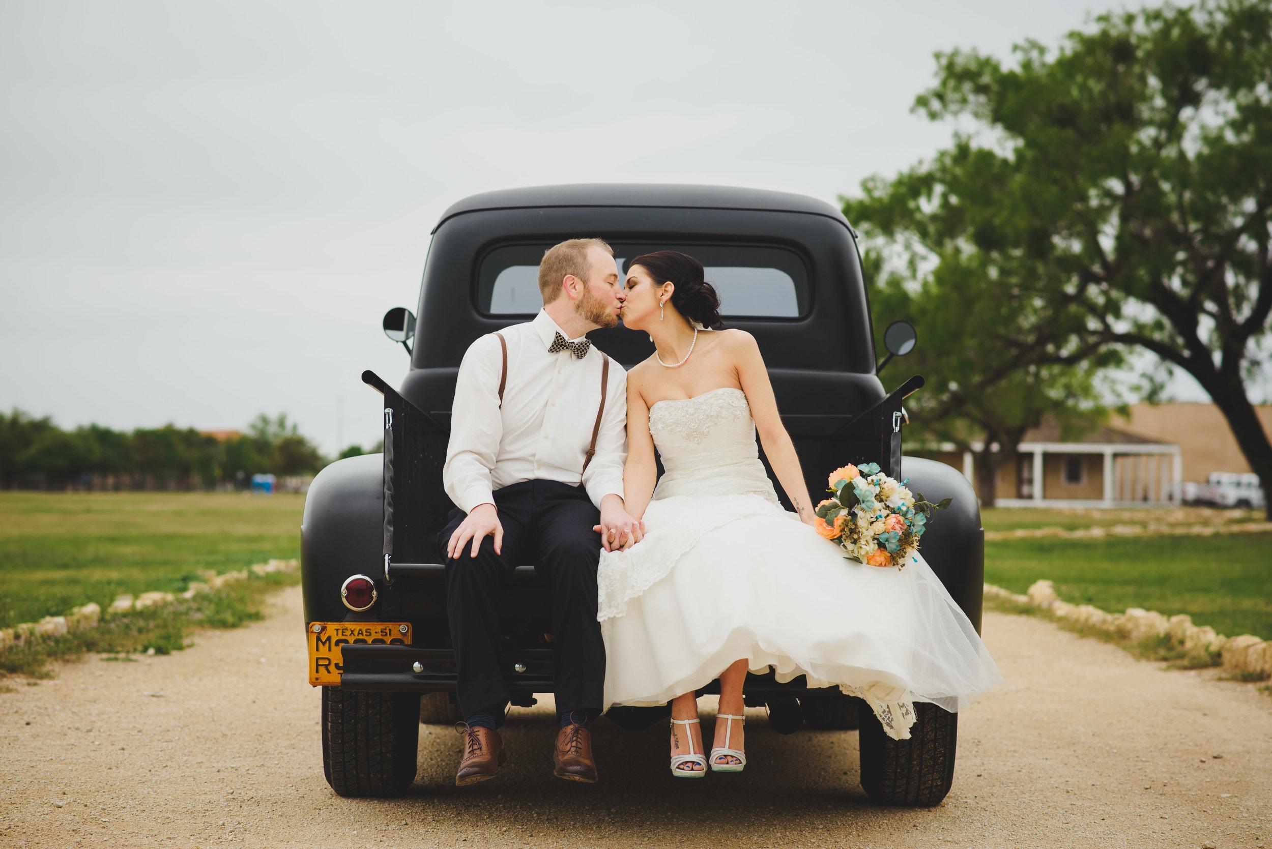 Fort-Concho-San-Angelo-Wedding-Photography-0008.jpg