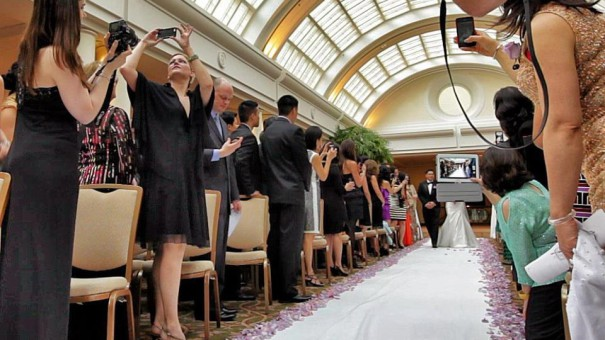 Unplugged Wedding - Guest and cell phones, it's inevitable. Do you want your guest staring at you from behind their cell phones and big ass iPads? Consider an unplugged wedding.