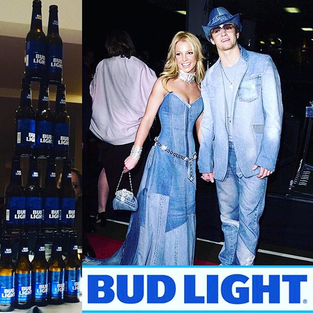 🍺GIVE THE PEOPLE WHAT THEY WANT! BUD LIGHT!🍺 We are excited to announce we have officially Partnered up with @budlight for this year's tournament after you drank the place bone dry last year! There's no better way to celebrate than by rocking Canada's gift to fashion, The Canadian Tuxedo. •🇨🇦👖🏒• Yuuuuppppp that's right. This year's Saturday Night party will be a Sea of Denim at the Canadian Tuxedo Party! •🍻🍻🍻•⠀⠀⠀⠀⠀⠀⠀⠀⠀⠀⠀⠀ ⠀⠀⠀⠀⠀⠀⠀⠀⠀⠀⠀⠀ #frostbitefaceoff2019 #frostbitefaceoff #budlightthelampvt #pondhockeyseason #pondhockeylife #womenshockey #menshockey #beerleaguehockey #beerleaguebeauty #beerleaguetalk #pondhockey #budlight #hockey #yetitoparty #canadiantuxedo