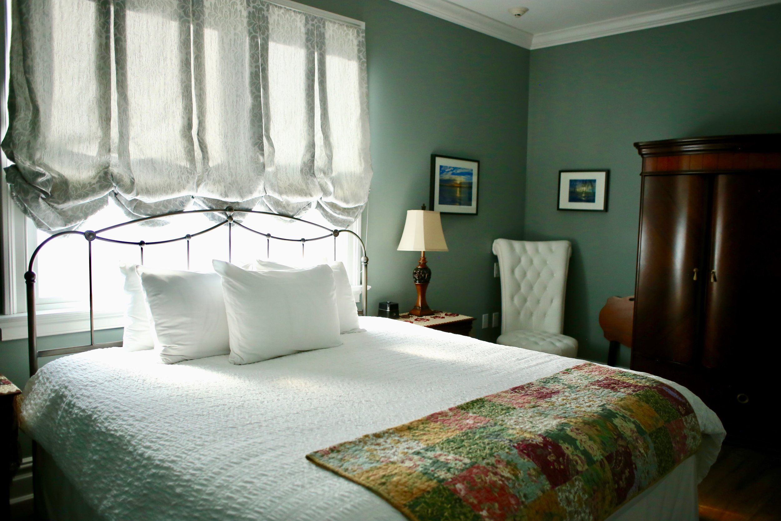 The Best Botique Hotel in the Hudson River Valley. Perfect for Micro-Weddings.