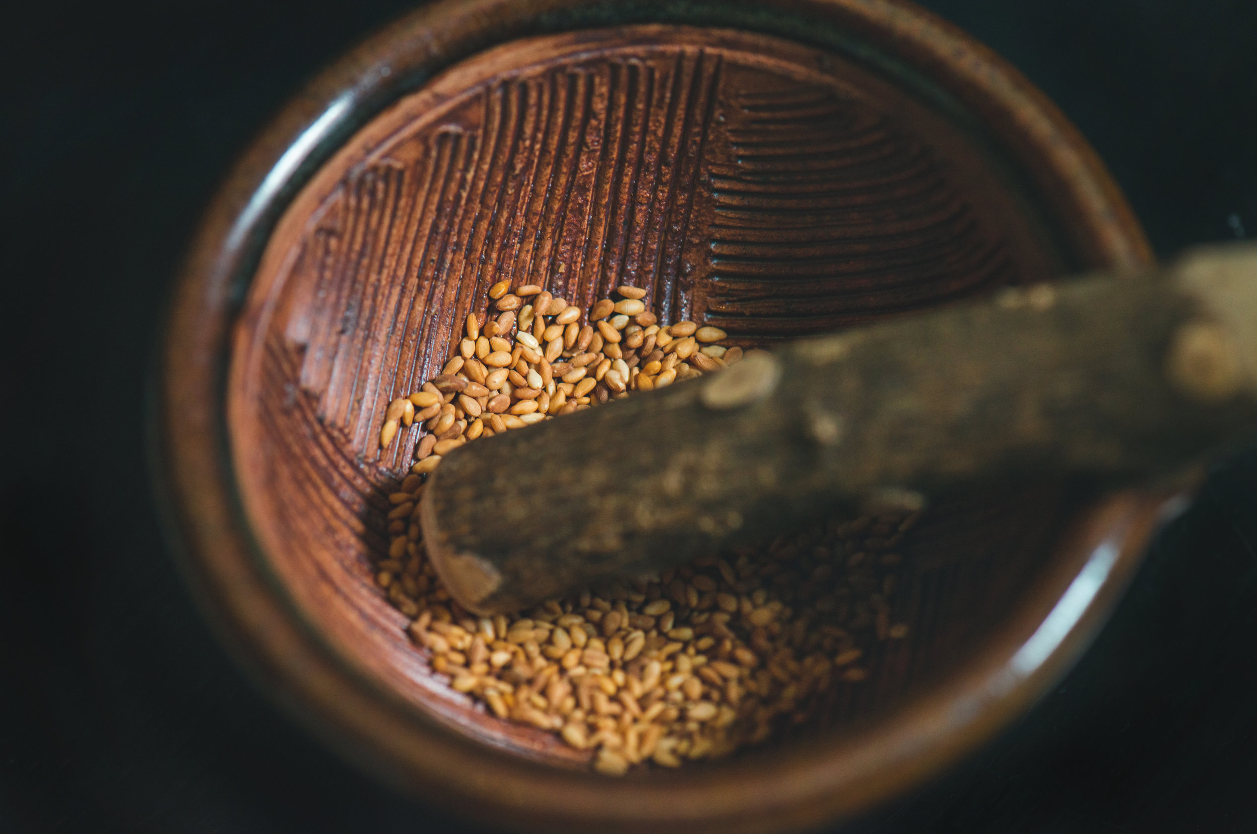 Sesame seeds  are an excellent source of copper, a very good source of manganese, and a good source of calcium, phosphorus, magnesium, iron, zinc, molybdenum, Vitamin A, several B vitamins, selenium and dietary fiber.
