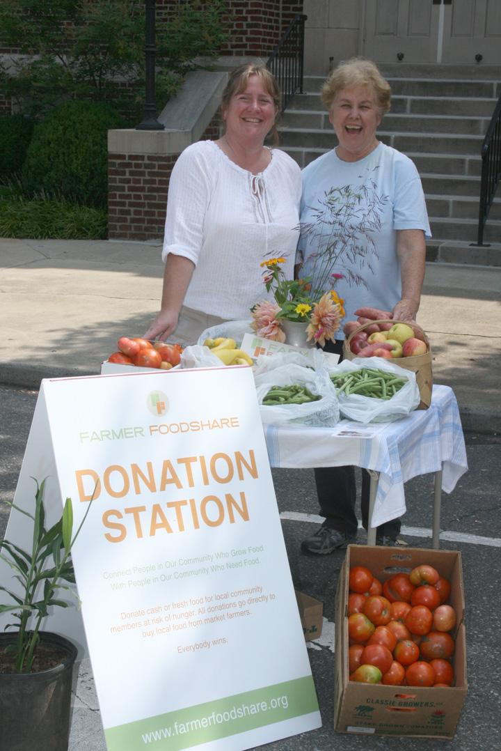DonationStation_volunteers.jpg