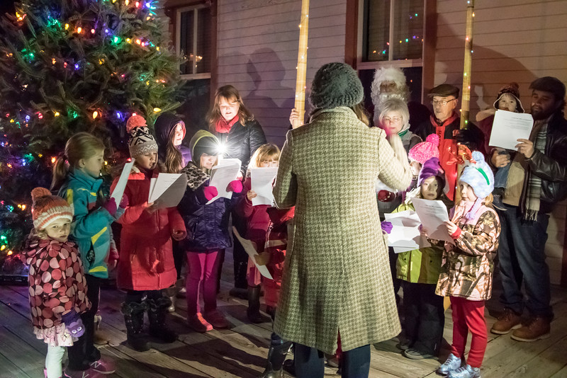 New Glarus Holiday Tree Lighting Celebration