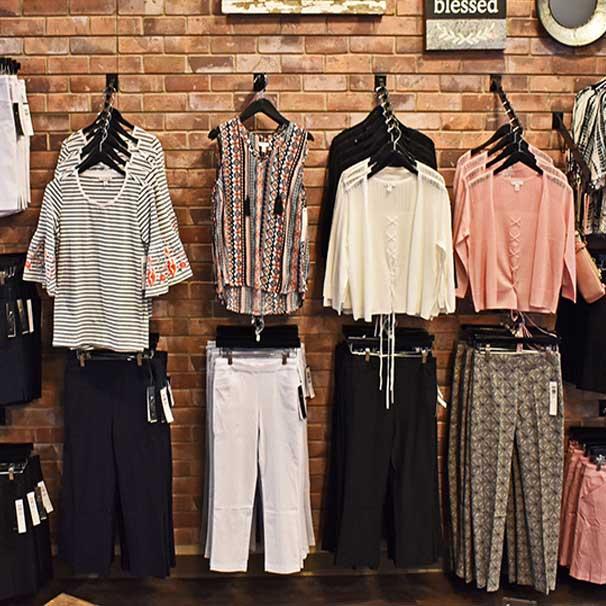 Railroad Street Boutique - On-Trend Fashion & Accessories