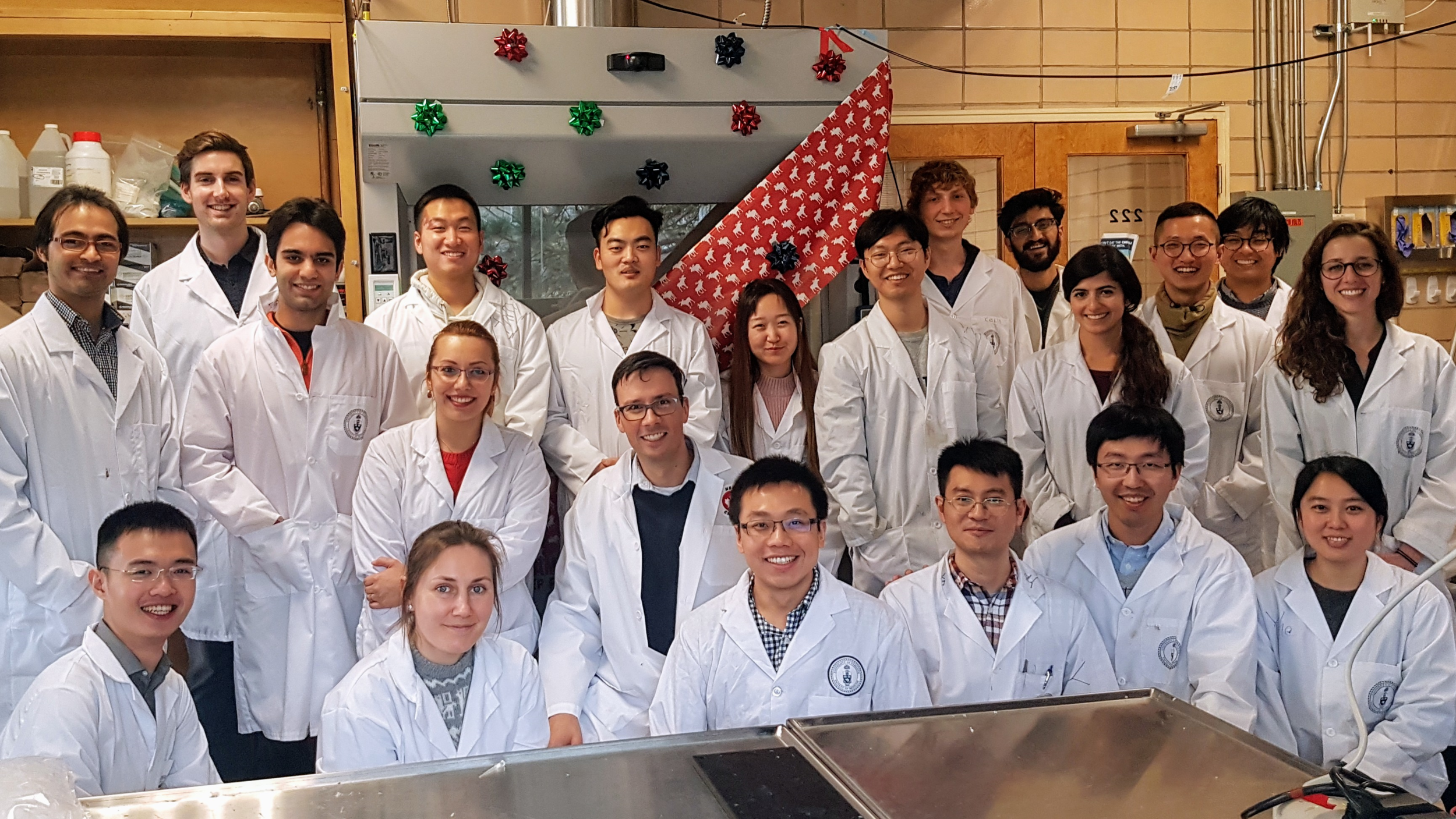 The Sinton Lab is very grateful to MIE and the Government of Canada Strategic Investment Fund for investing in our labs in 2017.  Thank you for your support!