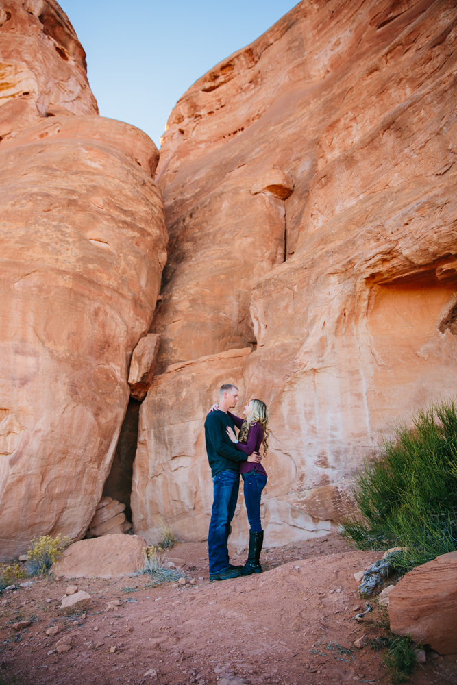 grand-junction-colorado-monument-wedding-photographer-engagements-1.jpg