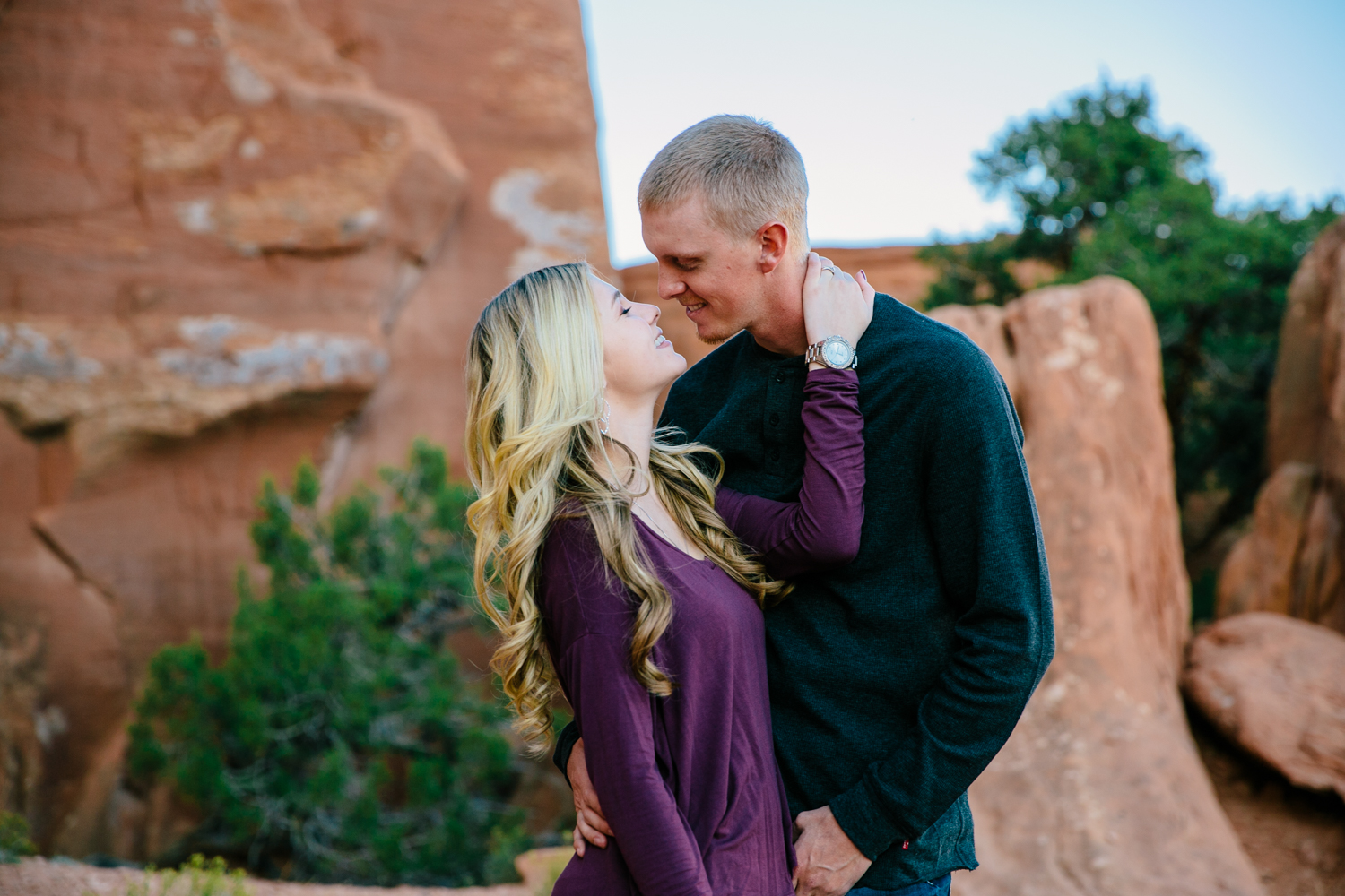 grand-junction-colorado-monument-wedding-photographer-engagements-16.jpg