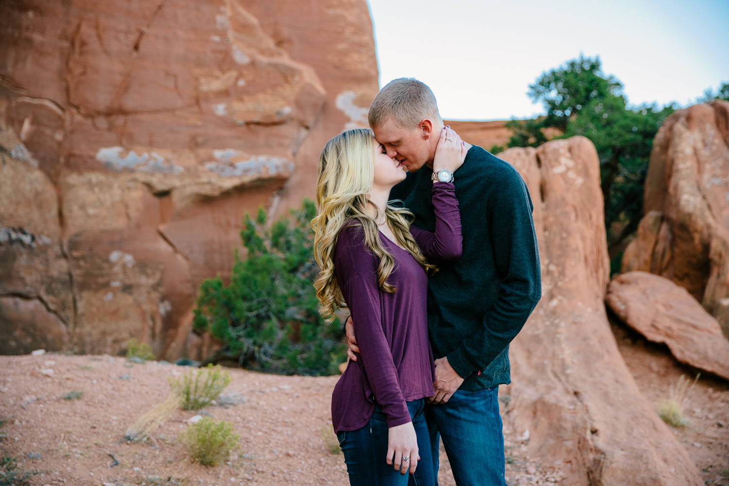 grand-junction-colorado-monument-wedding-photographer-engagements-17.jpg