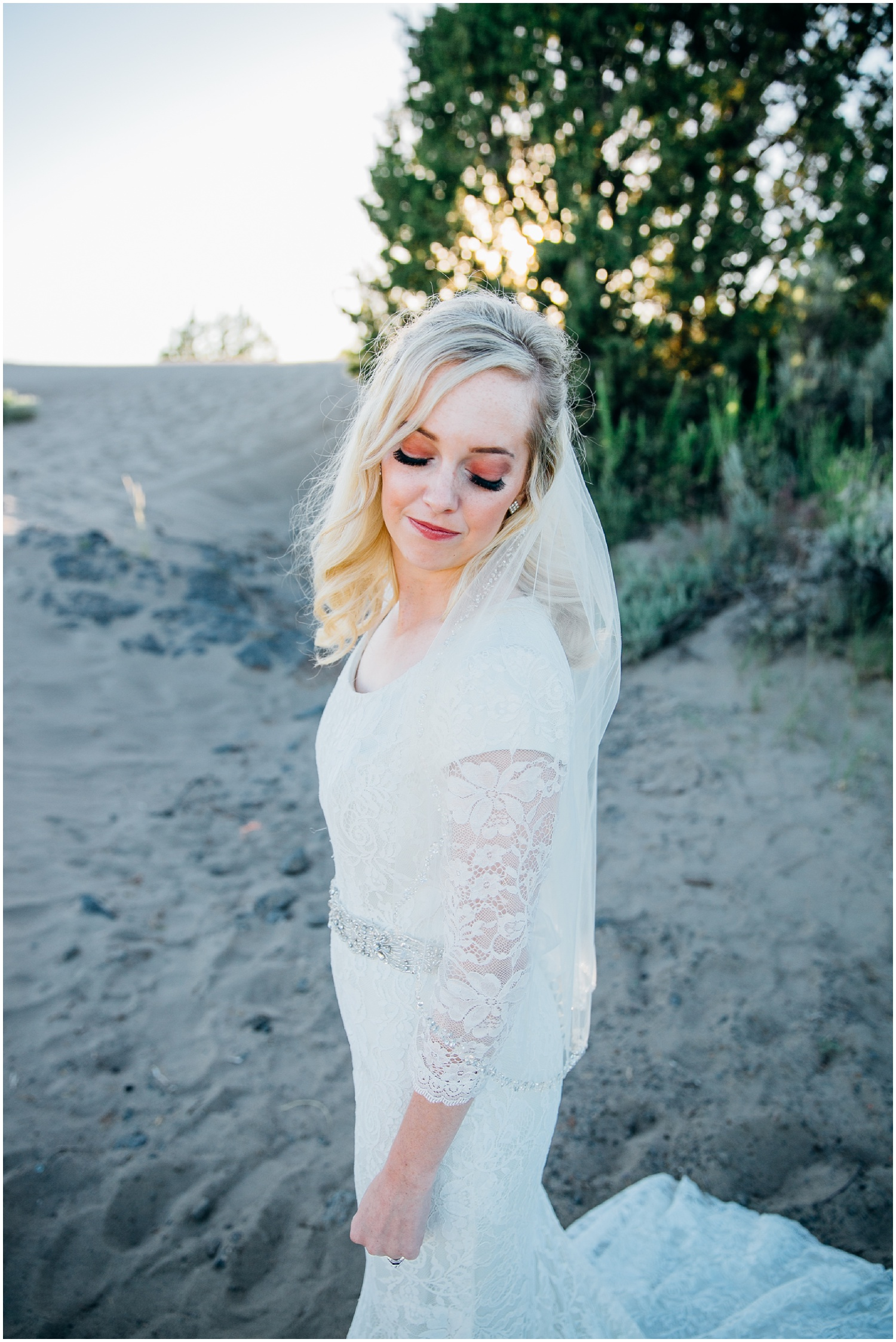 saint-anthony-sand-dunes-bridals-idaho-engagements-colorado-wyoming-wedding-photographer_0714.jpg